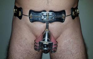 cintura castità bdsm