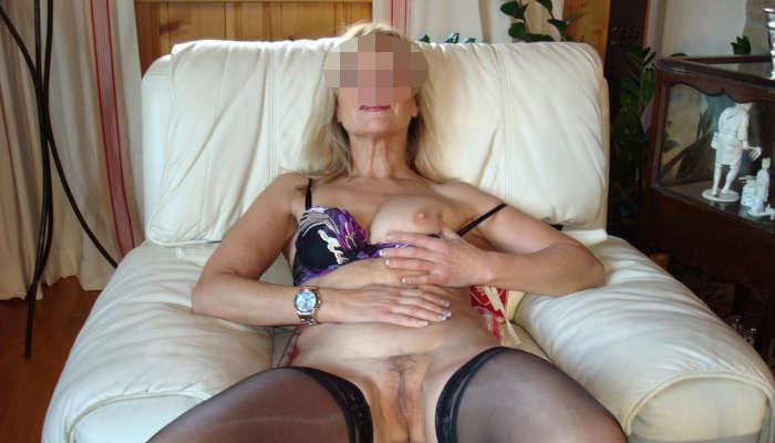 casalinga matura di Bari
